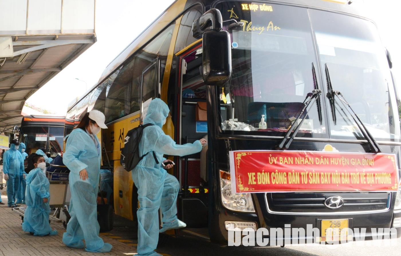 Đón công dân của tỉnh Bắc Ninh từ vùng dịch về quê an toàn